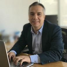 Ernesto Solís